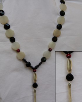 Octagonal white agate -black onyx-silver necklace