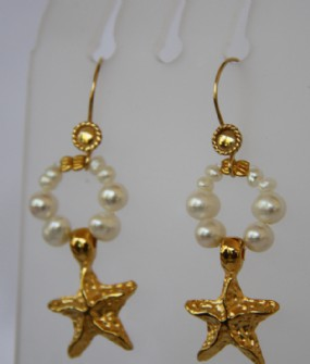 Gold-Pearl earrings-star fish